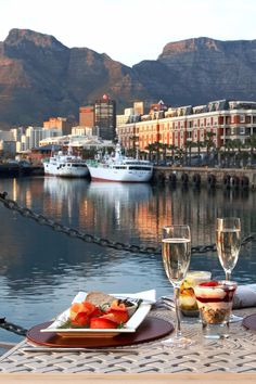 In the heart of Cape Town's V&A Waterfront, this grand 94-room hotel overlooks Table Mountain. Victoria & Alfred Hotel (Cape Town, South Africa) - Jetsetter