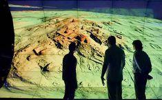 Wenn es um Archäologie geht, denken viele an Forscher, die im Schweiße ihres Angesichts. Grabungen durchführen und eigenhändig Überreste der Vergangenheit freilegen. Im 21. Jahrhundert sind die tra…