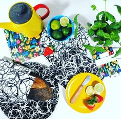 Not many days left to get a little something in the post for Mother's Day! #giftsforher #giftsformothersday #gift #contemporarydesign #contemporarykitchen #kitchenware #homeware #albaquirky #coolmom #mothersday #gift #giftideas