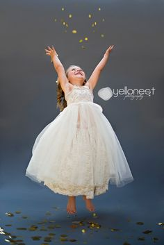 Posh Poses | Toddler Photography | New Year Inspiration | Airborne | Love This Shot | Pure Joy | Candid Happiness