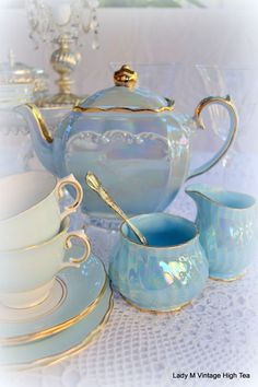 ♡ Mom, you would so have liked this te set. It's so pretty.  I love you Mom, xox ♡          Iridescent....Perfect for the cottage. TG