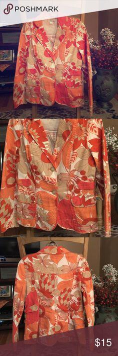 "NEW LISTING! Ann Taylor Loft Petites Blazer Ann Taylor Loft Petites Blazer. Size 8P. Made in India. 98% cotton. 2% spandex. Shoulders 15""; Sleeve 22.5""; Bust 36""; Length 23"". Ann Taylor Jackets & Coats Blazers"