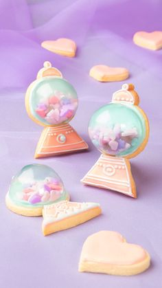シャカシャカクッキーの進化版!ドーム状に飛び出したキャンディポットクッキーを作りました^^■調理時間約 1時間(乾燥時間を除く) Super Cookies, Candy Cookies, Cupcake Cookies, Cute Snacks, Cute Food, Cookie Icing, Royal Icing Cookies, Japanese Cookies, Japanese Sweets