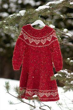 - Lilly is Love Crochet Dog Patterns, Crochet Patterns For Beginners, Knitting Patterns, Blue Baby Blanket, Big Knit Blanket, Cape Pattern, Mittens Pattern, Drops Design, Crochet Slippers