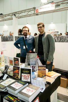 Marco Mezzetti e Matteo Piombo Papucci allo stand 184 della fratini editore (foto Valeria Franci)