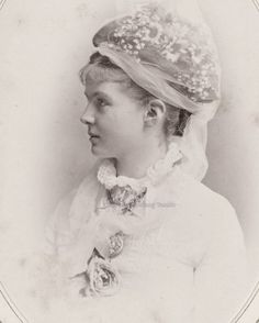 Princess Elisbeth of Prussia, sister of Princess Louise Margarethe, duchess of Connaught. Mids 1875, shortly before her marriage with Friedrich August II, who became, after her death in 1895, Grand Duke of Oldenburg.
