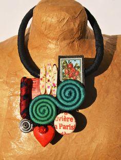 Collana raso nero con medaglione di vari di comivishop su Etsy