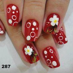 20 Diseños de Uñas de Color Rojo con Flores - ε Diseños de Uñas Decoradas з