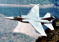3 Squadron Mirage flying in the Lowveld Air Force Aircraft, Fighter Aircraft, Fighter Jets, Iai Kfir, South African Air Force, Dassault Aviation, War Machine, Military Aircraft, Past
