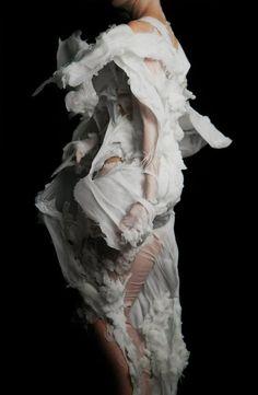 Thread, Fashion and Costume: Bart Hess I