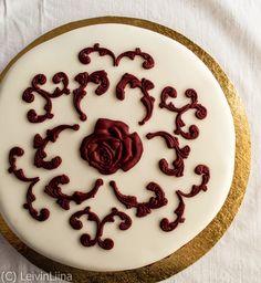 LeivinLiina: Elegantti kakku marsalan väreissä /Marsala Cake