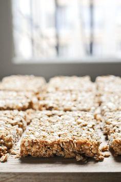 J'ai une certaine expérience en matière de confection de granola — voyez plutôt ma formule de base, mon granola érable …