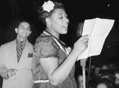 Ella Fitzgerald & Chick Webb Orchestra -  1939 -  12 -  Undecided