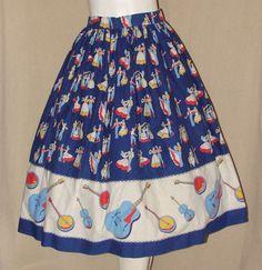 Sqaure Dance Banjo Guitar Violin Novelty Print Skirt M Vintage Fashion 1950s, Vintage Clothing, Retro Fashion, Vintage Outfits, Vintage Style, Retro Fabric, Vintage Fabrics, 1950s Skirt, Circle Skirts