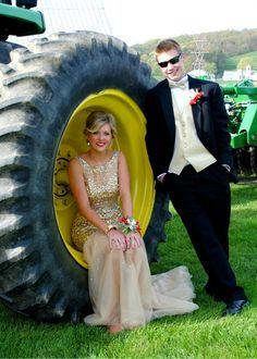 Prom Picture / tractor