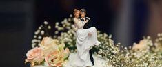 18 Romantic Wedding Cake Toppers