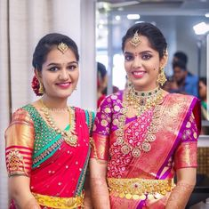 When the bride as well as the bride's sister give you outfit goals ❤️ . Outfits Photo by . Wedding Saree Blouse Designs, Half Saree Designs, Pattu Saree Blouse Designs, Saree Wedding, Wedding Bride, Bridal Sarees, Wedding Shoot, Wedding Events, Vaddanam Designs