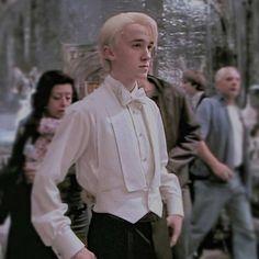 Tags Dracomalfoy Magic Hogwarts Tomfeltom Aesthetic Actorslife Harry Potter Lustig Draco Malfoy Harry Potter Sammlung