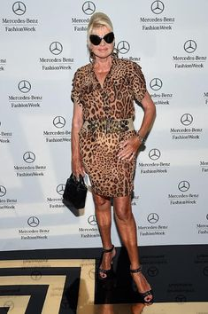 The Most Famous 'Celebrity Big Brother' Contestants Big Brother Cast, Big Brother Contestants, Ivana Trump, Celebrity Plastic Surgery, Celebrity Big Brother, Famous Celebrities, Movie Tv, It Cast, Bodycon Dress