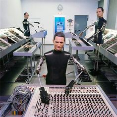 Techno, Florian Schneider, The Man Machine, Best Of 80s, Noise Sound, Band Pictures, Square Photos, Music People, Electronic Music