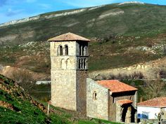 Iglesia románica. Cedida por la Asociación Interterritorial País Románico.