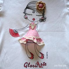 """Applique Design """"All Dolled Up"""" Quilting Ideas on T-shirts - DIY Tutorials Embroidery Applique, Cross Stitch Embroidery, Embroidery Patterns, Machine Embroidery, Fabric Art, Fabric Crafts, Pochette Diy, Art Du Fil, Diy Couture"""