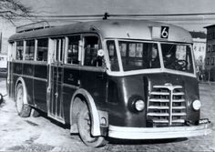 A Tr5-ösök voltak a cég utolsó, és az Ikarus első munkái Tramway, Good Old, Old Cars, Budapest, Boats, Motorcycles, Trucks, Camping, Concept