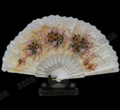Spanish fan for the bride. I also have some for the girls in black/red.