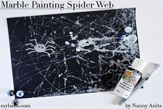 Marble painting spider webs is a super quick and easy Halloween craft for children of all ages. Easy Halloween Crafts, Halloween Fun, Web Paint, Diy Sensory Toys, Crafts For Kids, Arts And Crafts, Paper Place, Marble Painting, Spider Webs