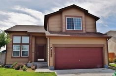 Recently listed!! This 3 bed, 3 bath home is close to Ft. Carson, parks, & shopping! Visit TreasureDavis.com for info!   #coloradospringsrealtor #COSprings #realestate #coloradohomes