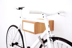TÎAN is the perfect combination of function and design. Whether single speed, retro race bike, or custom made – TÎAN shows off your bike to its best advantage. MIKILI – Bicycle Furniture: Made with ♥ in Berlin www.mikili.de