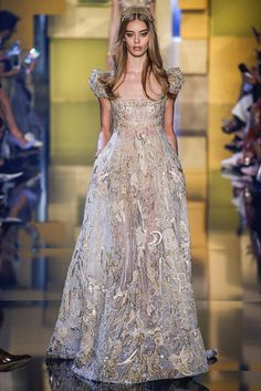 Fashion Friday: Elie Saab Haute Couture Fall/Winter 2015 Collection