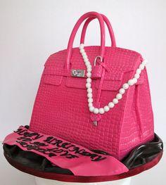 Celebrate with Cake! Best Handbags, Pink Handbags, Diva Cakes, Handbag Cakes, Purse Cakes, Burberry Purse, Green Handbag, Quilted Handbags, Hermes Birkin