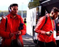 """17.2 m Gostos, 70 Comentários - Sport Lisboa e Benfica Oficial (@slbenfica) no Instagram: """"Os nossos #JunioresBenfica já chegaram ao Colovray Stadium! Deixa a tua mensagem de apoio. 💪🏻…"""""""