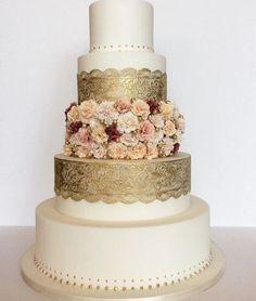 Featured Cake: Amy Beck Cake Design; Wedding cake idea.