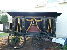 Antique Horse Drawn Hearse - Halloween Prop Replica #decoration #woodworking #scary