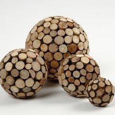 Styroporkugeln mit Holzscheiben