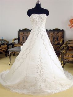 A-line Sweetheart With Beadings and Embroideries Organza Satin Wedding Dress WD1095 www.tidedresses.co.uk $238.0000