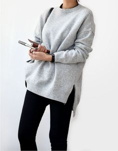 simple oversized grey sweater with black pants