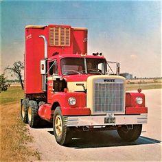 Millions of Semi Trucks Old Pickup Trucks, Mack Trucks, Big Rig Trucks, Semi Trucks, Cool Trucks, Rolling Coal, Antique Trucks, Vintage Trucks, Vintage Auto