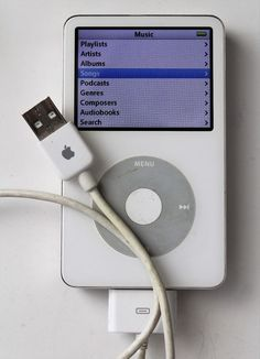 Apple iPod Classic Generation Enhanced 80 GB - White for sale online Computer Technology, Computer Programming, Energy Technology, Latest Technology, Technology Gadgets, Ps Wallpaper, Broken Phone, Apple Watch Accessories, Ipod Classic
