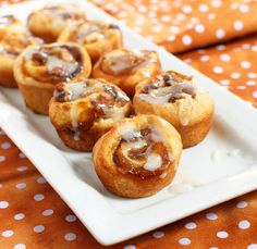 Easy Pumpkin Cinnamon Rolls Recipe.Super Easy 5 Ingredient Pumpkin Cinnamon Rolls. Made with crescent rolls and layered with pumpkin. Takes less than 30 min