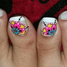 Pretty Toe Nails, Cute Toe Nails, French Pedicure Designs, Toe Nail Designs, Pedicure Nail Art, Toe Nail Art, Summer Pedicure Colors, Wonder Nails, Cute Pedicures