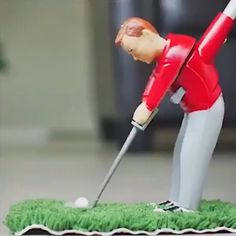 Get the complete Mini Indoor Golf Box Set along with 1 Golf Course Cloth Club Putting Green 6 sets of Interchangeable Clubs 1 water Hazard 2 Sandtraps Balls 1 Big Ball Table 2 Chairs 1 flag Famous Golf Courses, Public Golf Courses, Mini Golf Games, Space Games For Kids, Indoor Mini Golf, Golf Instructors, Augusta Golf, Golf Course Reviews, Golf Videos