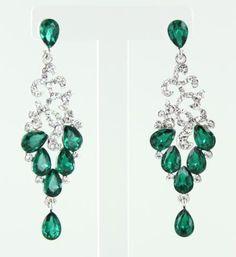 Rosamaria G Frangini   High Green Jewellery   Emerald chandeliers with diamonds
