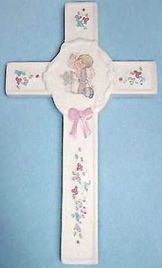 PRECIOUS MOMENTS PORCELAIN CROSS WALL HANGING