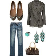 Would absolutely love this outfit but with mint green shoes to go with the earrings and add a little more color
