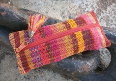 Federmäppchen - Mäppchen handgewebt warme feurige Farben Firlefanz - ein Designerstück von WildeWebe bei DaWanda
