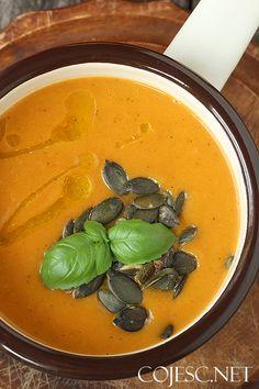 Zupa krem dyniowo paprykowa z mlekiem kokosowym