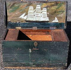 19th Century New England Painted Sea Chest With Decorated Lid.